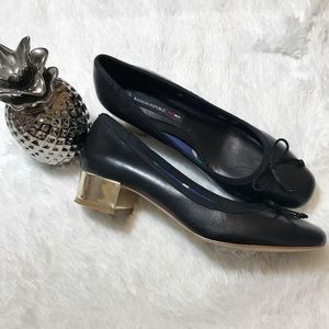Banana Republic Mad Men gold heel flats Size 7